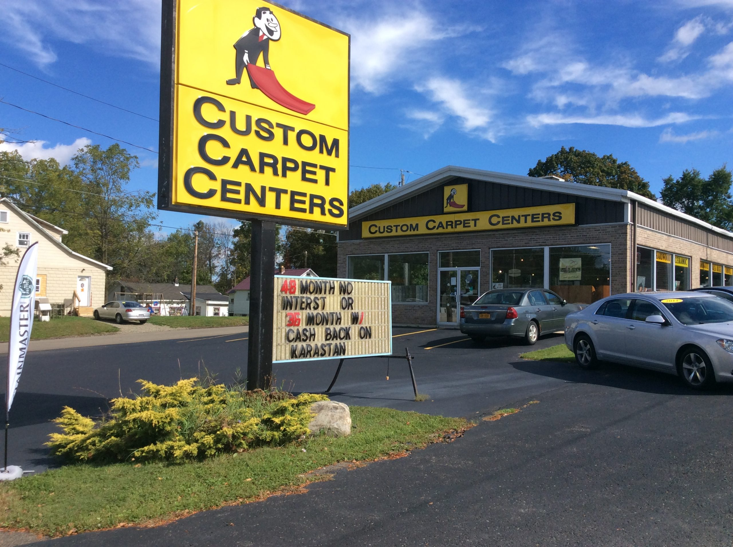 Custom Carpet Centers exterior view | Custom Carpet Centers