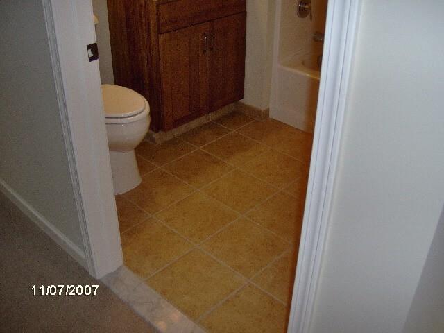 Bathroom Tiles | Custom Carpet Centers